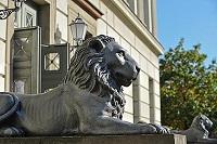 LionSculpture