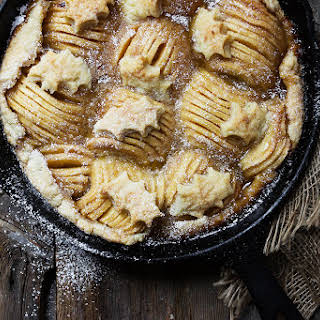 Rustic Skillet Spiral Apple Pie.