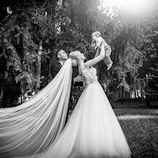 Wedding photographer Iordache Aristia (Aristia). Photo of 24.02.2019