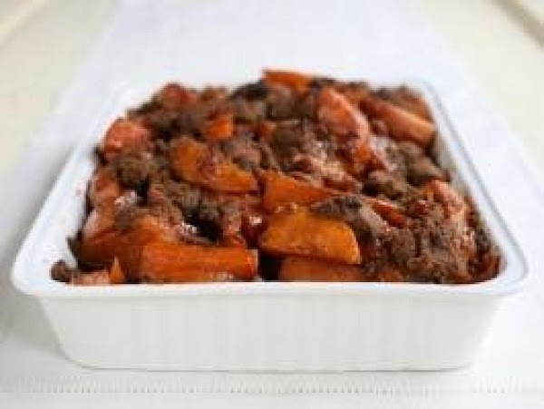 Remove the yams and stir to coat with the sauce. Top with gingersnap crumbles...