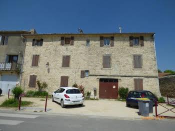 Maison 15 pièces 330 m2