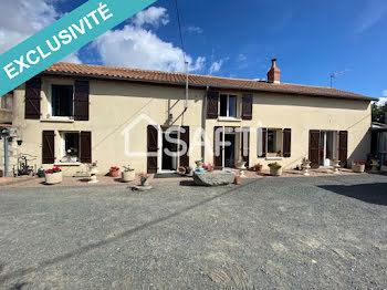 maison à Saint-Macaire-du-Bois (49)