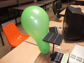 Photo: Le ballon, gonflé