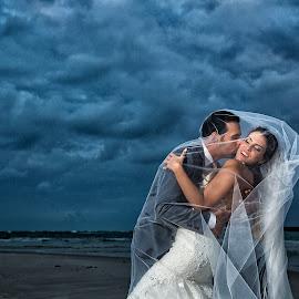 by David Terry - Wedding Bride & Groom