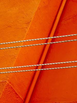 arancio e linee di mariellaturlon