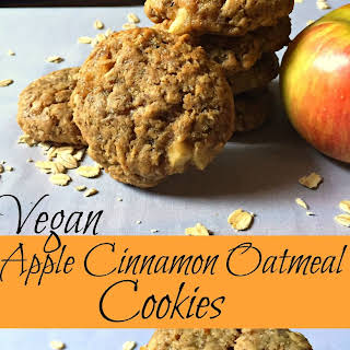 Vegan Apple Cinnamon Oatmeal Cookies.