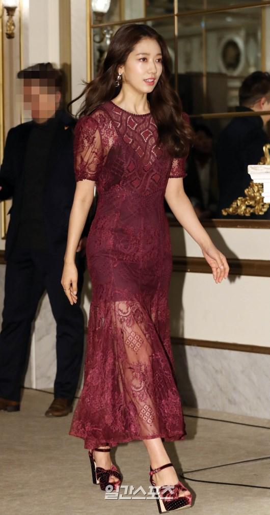 shinhye gown 38