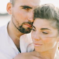 Wedding photographer Dmitriy Kapitonenko (Kapitonenko). Photo of 21.11.2017