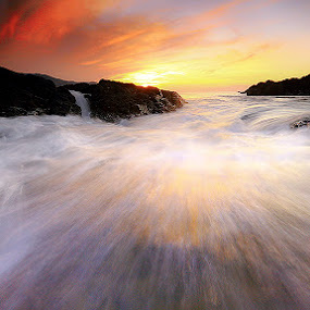 Strands of wave by Carlos David - Landscapes Waterscapes