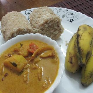 Wheat flour Puttu with Potato masala.
