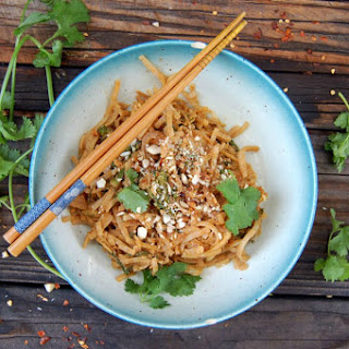 Almond Ginger Pad Thai [Vegan]