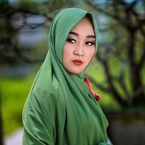 Shervin by Mardi Tri Junaedi - People Portraits of Women ( #midday, #shervin, #beautiful, #hijab,  )