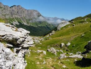 Photo: Nei pressi di Cabane du Cap de la Baitch, 1689m, scendendo verso Lescun.