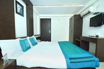 OYO Rooms Sayaji Square