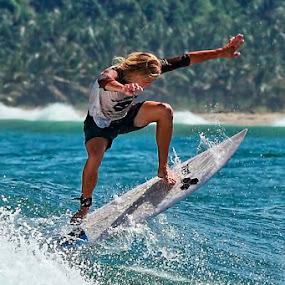 jump by Franshendrik P   Tambunan - Sports & Fitness Surfing