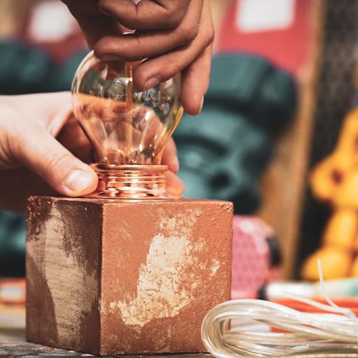 comment faire un socle de lampe en béton