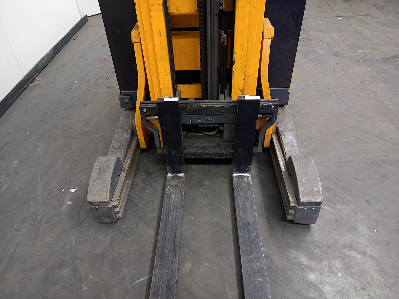 Picture of a JUNGHEINRICH ETV 216
