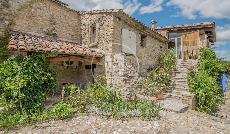 House with pool Bagard