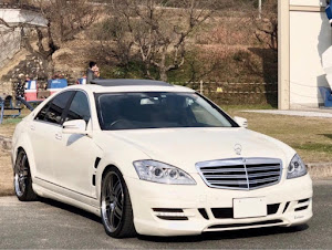 Sクラス W221 のカスタム事例画像 銀蔵  specialists☆さんの2019年01月10日04:44の投稿