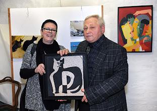 Photo: Finissage der Ausstellung Silvia Stuppäck (Foto) und Christa Trkal (Keramik) am 4.1.2014. Christa Trkal und Anton Cupak. Foto: Barbara Zeininger