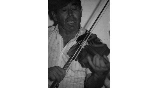 Un violín en el féretro  de Frasquito
