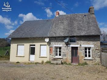 maison à Parigny (50)