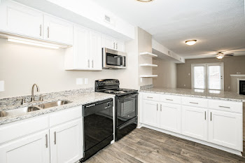 Go to Renovated  Two Bed, 2.5 Bath Townhome WH Floorplan page.