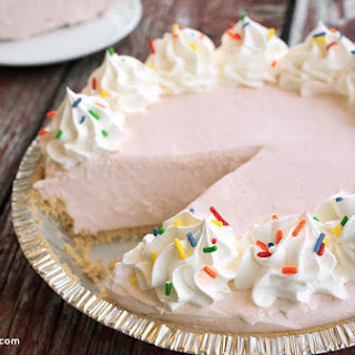 No-Bake Lemonade Pie.