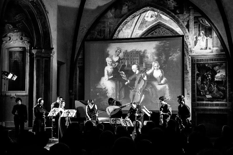 Musica, ieri e oggi. di Raffaele Laterza