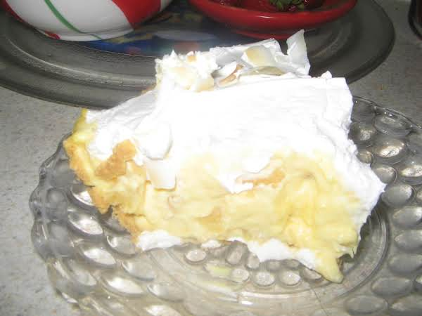 Instant Pineapple Coconut Cream Pie