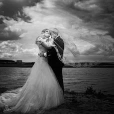 Wedding photographer Svetlana Grebcova (id185792104). Photo of 21.02.2018