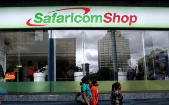 Mobiele geldskieters verleen Kenyans verligting ... en vergul skuld