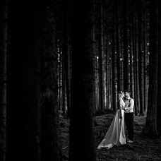Wedding photographer Denisa-Elena Sirb (denisa). Photo of 19.02.2018