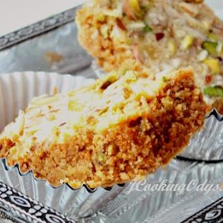 Diwali special - Magas or Magaj - Gram flour Fudge