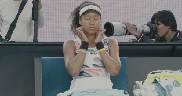 Phim tài liệu trên Netflix về Naomi Osaka giải thích lý do cô rút lui vào mùa hè năm 2021