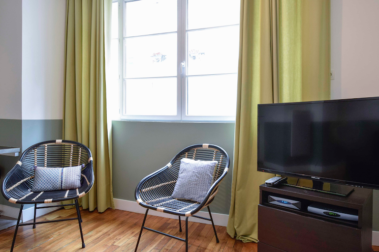 Comfy living area at Rue de Montorgueil Serviced Apartment, Opera