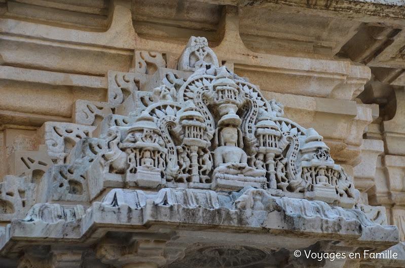 ranakpur détail fronton