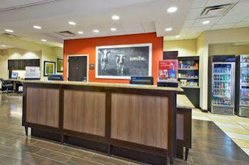 Hampton Inn Washington-Dulles International Airport South
