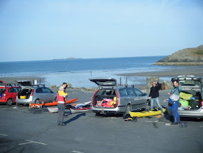 Photo: Getting ready at Whitesands car park