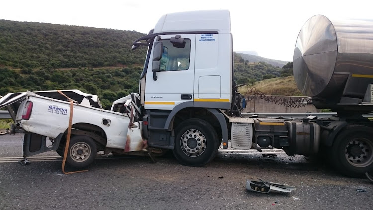 Three people were killed in a head-on collision between a truck and a bakkie on the N2 near the Kei Cuttings