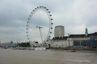 Photo: London Eye http://www.turistika.cz/cestopisy/londyn-london-eye-trafalgar-square-palace-of-westminster-big-ben-piccadilly-circus-eurotunel