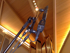 Photo: MS setup with SE4400a microphones. SE4400a mid-mic sounds best if it was selected as a omni (not carioid)