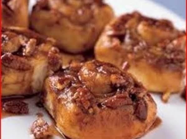 Carmel Pecan Rolls Recipe