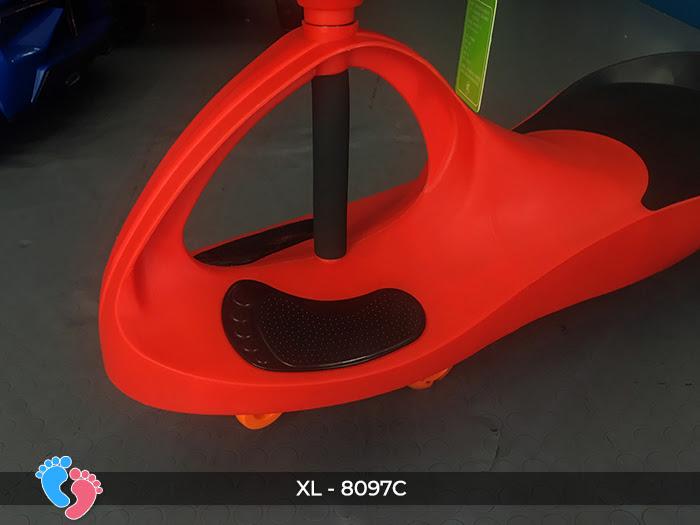 Xe lắc cho trẻ em Broller XL-8097C 8