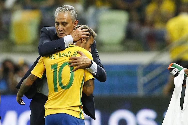 Neymar justifie son statut de privilégié et évoque Messi