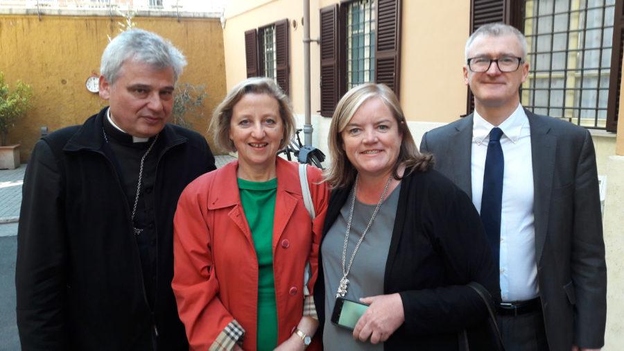 Vatican giúp người vô gia cư