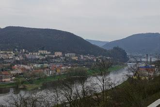 Photo: Máme odtud výhled i na hrad Střekov, který nás dnes bude provázet celý den a budeme si ho moci prohlédnout ze všech stran.