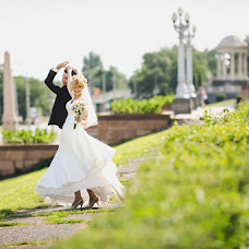 Wedding photographer Pavel Donskov (live-moments). Photo of 04.08.2015