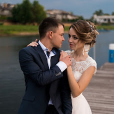 Wedding photographer Vitaliy Manzhos (VitaliyManzhos). Photo of 25.10.2017