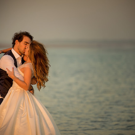 Wedding photographer Marco Lorenzi (lorenzi). Photo of 30.11.2016